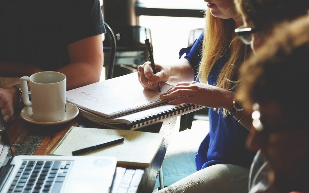 Employee Experience: Are You Providing Feedback or Feedforward?